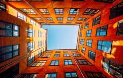 Wielomiliardowe inwestycje publiczne i wsparcie państwa przy zakupie mieszkań. Jakie zmiany nas czejają?