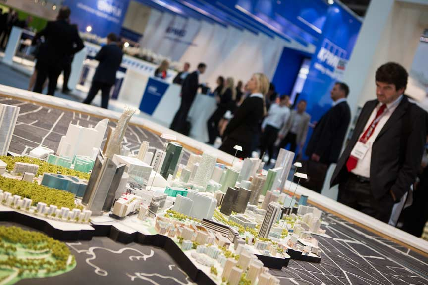 Click to enlarge image exporeal2012_as0354.jpg