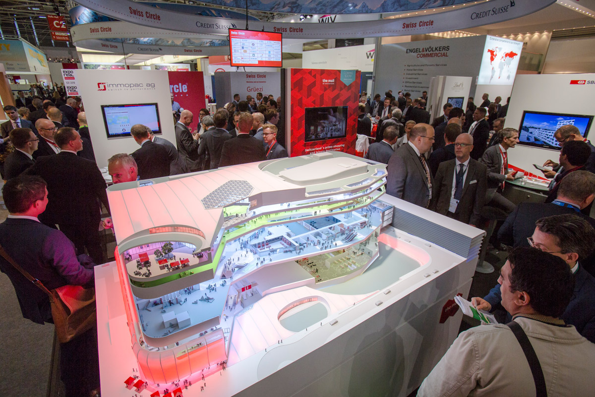 Click to enlarge image exporeal2015_as4407.jpg
