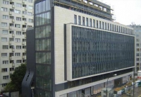 The BOŚ Bank has leased the Feniks Office Building in Warsaw