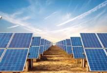 """Nowe miejsca pracy, 18 mld produktu krajowego brutto oraz eliminacja ryzyka """"black outów"""" dzięki rozwojowi elektrowni słonecznych"""