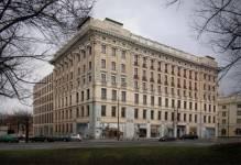 Warszawa: Międzynarodowa kancelaria prawna wybiera Plac Małachowskiego
