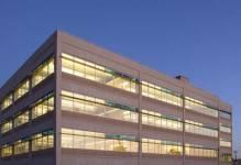 Centra usług nowoczesnych z 1 mln pow. biurowych