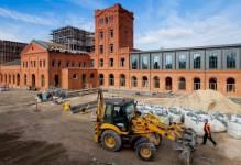 Łódź: Energetyczne centrum usług wprowadza się do zabytkowej fabryki