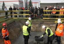 Skanska: Wmurowano kamień węgielny na budowie fabryki czekolady Barry Callebaut