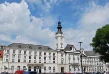 Warszawa: Plac Bankowy 1 z pozwoleniem na użytkowanie