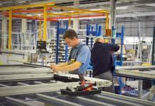 Komorniki: Schweiker może już produkować okna w nowym zakładzie