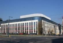 Warszawa: Yareal przejmuje dawną siedzibę Kredyt Banku