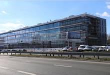 Bronowice Business Center: odsłonięto elewację nowego biurowca