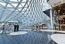 Warszawa wzbogaca sie o nowe obiekty handlowe