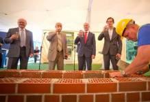 Katowice: Hochtief buduje kompleks sportowo-rekreacyjny z osiedlem