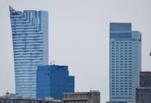 Savills: Aktywność na warszawskim rynku powierzchni biurowych przenosi się poza centrum