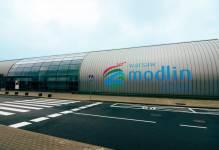 Sprzeciw dla rozbudowy lotniska w Modlinie zmieni polski rynek lotniczy