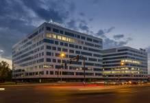 Krajowi inwestorzy chętniej lokują kapitał w nieruchomościach komercyjnych