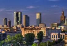 Warszawa przyciąga inwestorów pomimo projektów w trakcie budowy i presji wywieranej na czynsze