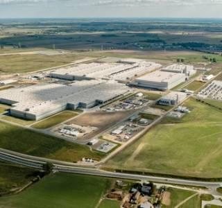 Nowa fabryka VW Crafter we Wrześni otwarta