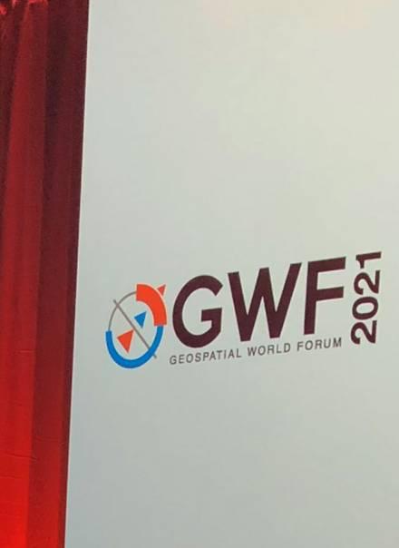"""GUGiK nagrodzony prestiżową nagrodą """"Geospatial World Innovation Award 2021"""""""