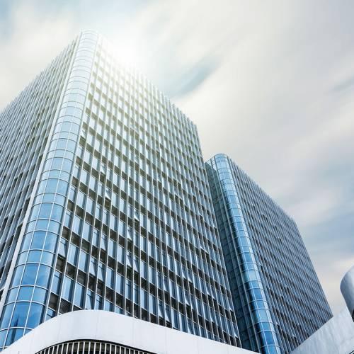 Wartość transakcji na rynkach nieruchomości komercyjnych przekroczyła 8 mld euro