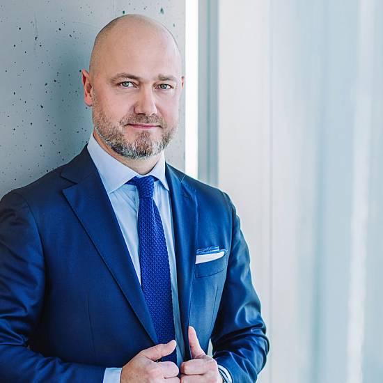 Nowy dyrektor działu gruntów inwestycyjnych w JLL