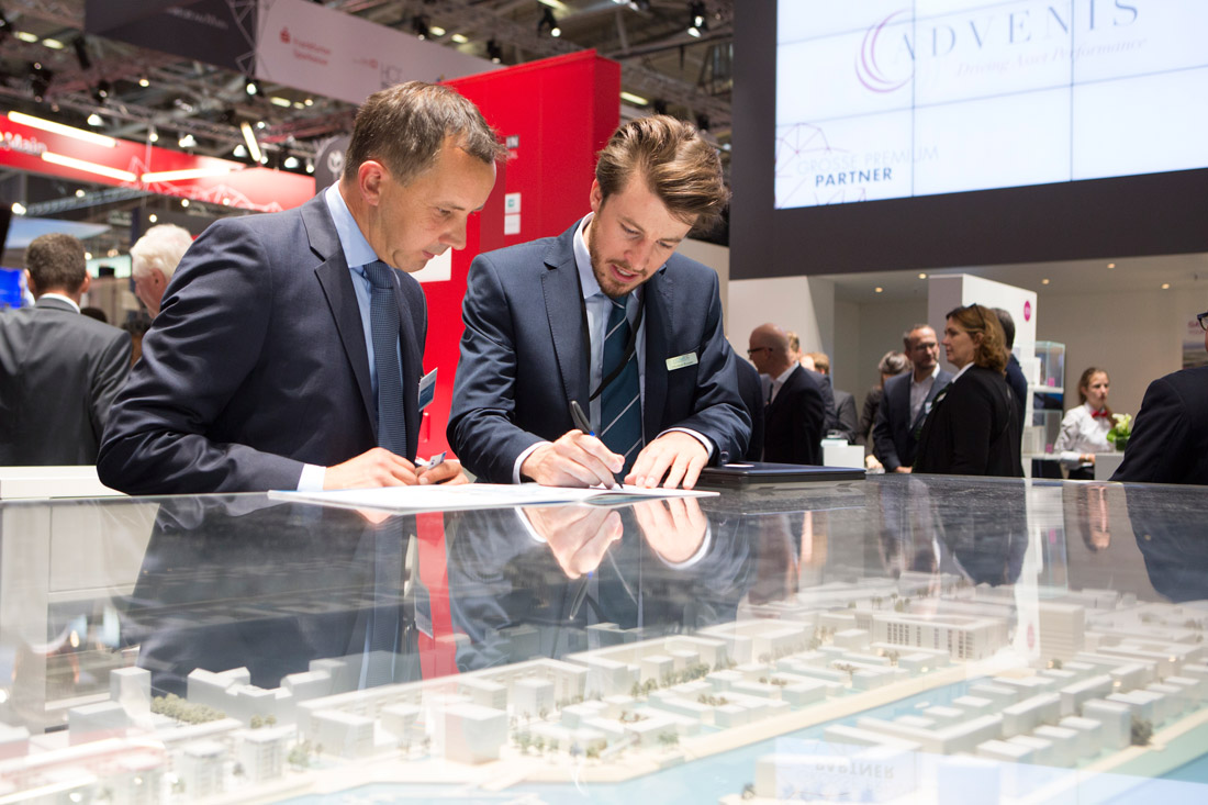 Click to enlarge image exporeal2016_ch0943.jpg