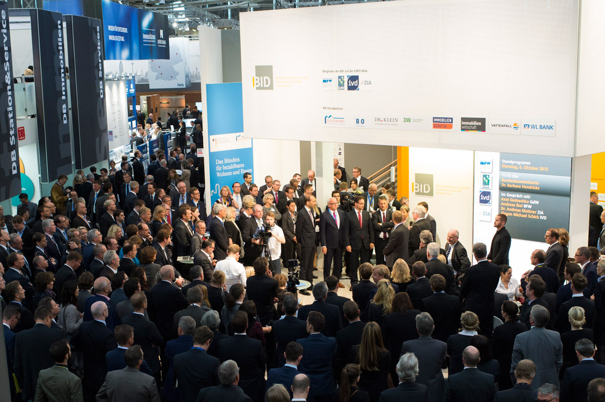 Click to enlarge image exporeal2015_sw1122.jpg